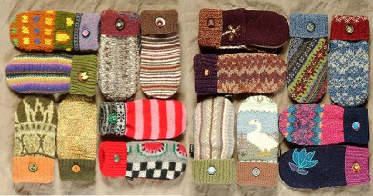 design squish blog, recycled sweater mittens