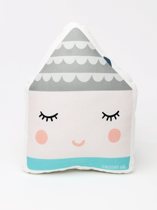baby house shape pillow