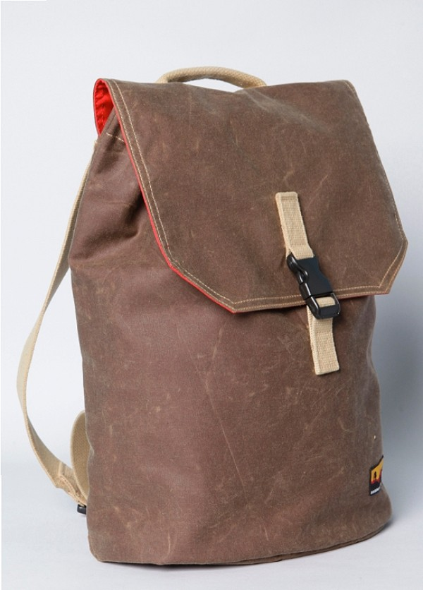 WAXED CANVAS BACKPACK BY BROOKLYN INDUSTRIES, design squish blog