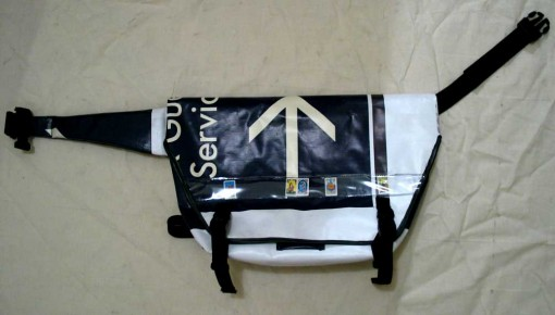 diy bike messenger bag, billboard sign material