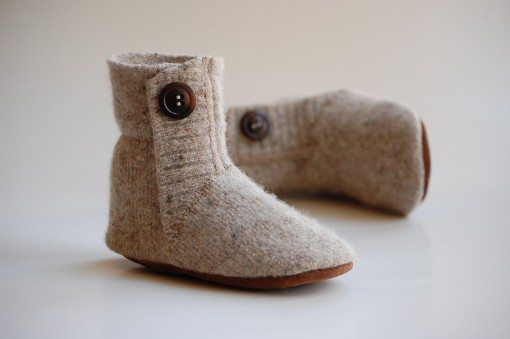 Slippers made from recycled, felted 100% lambswool sweater and recycled leather