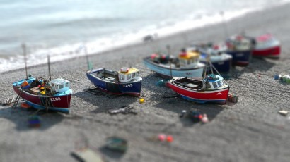miniature boats using tilt shift, design squish blog