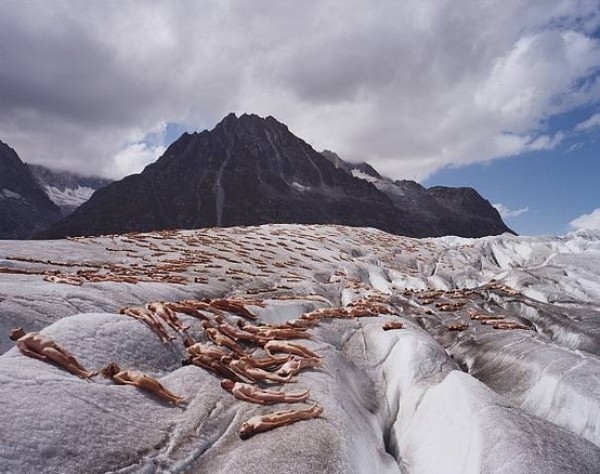 naked glacier melting, photography contemporary art by spencer tunick, design squish blog