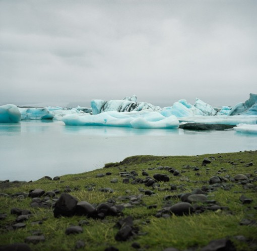 iceland lagoon, icebergs, nature photography by stanislav ginzburg, design squish blog