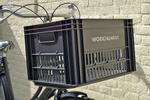 reusing shipping crates as basket for bikes
