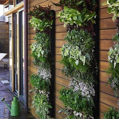 51 Vertical Herb Garden Design Design Squish Blog VERTICAL
