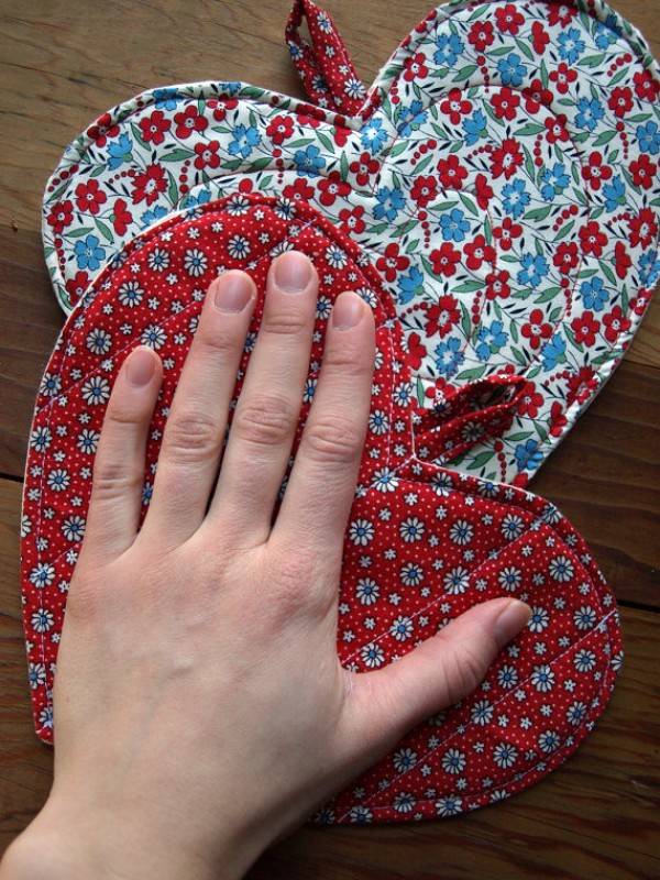vintage fabric pot holders, design squish blog